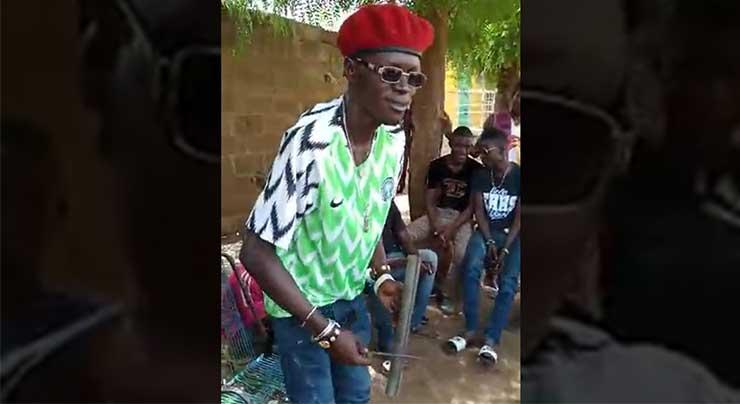 ADJI-ONE CENTHIAGO - MUSIQUE TRADITIONNELLE malienne (Vidéo 2018)